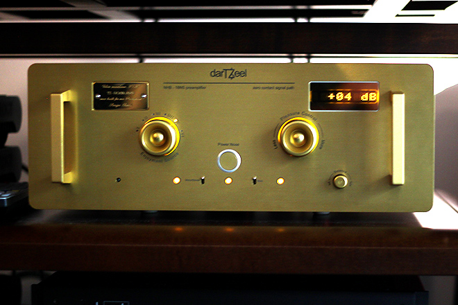 darTZeel NHB-18NS pre amplifier